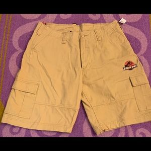 Other - Men's Cargo Shorts Jurassic Universal Studios NWT